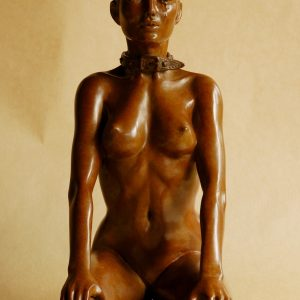 """Fais la belle"", sculpture en bronze"